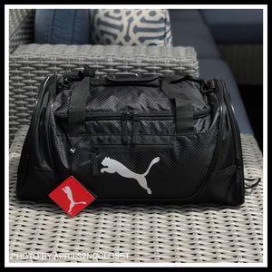 88f5636abb6 Puma Bags   6hour Sale Large Duffel Gym Travel Bag   Poshmark